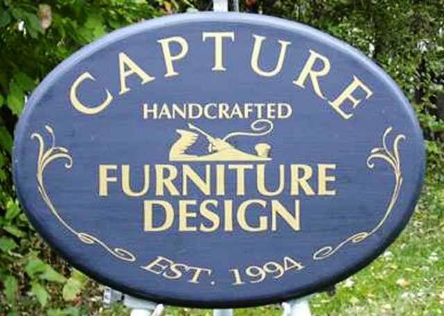 Signs on Plywood, Plastic, Aluminum Composite, & HD foam   SignArtz